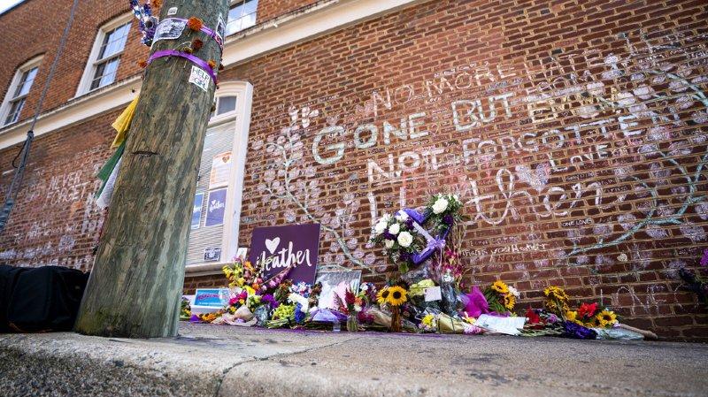 Etats-Unis: un an après Charlottesville, Trump dit condamner le racisme