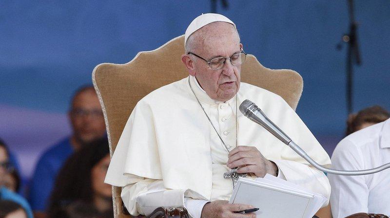 Prêtres pédophiles: le pape adresse une lettre aux catholiques du monde entier