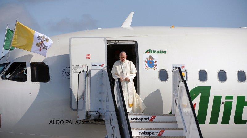 Abus sexuels dans l'Eglise catholique: le pape avoue sa honte en Irlande qui demande justice pour les victimes