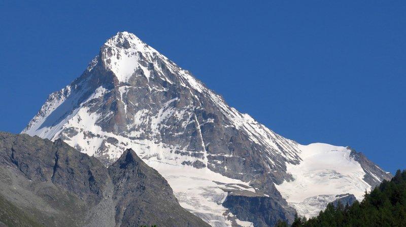 Evolène: un alpiniste perd la vie à la Dent-Blanche