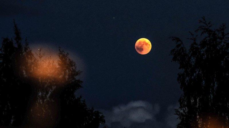 Eclipse Les Plus Belles Photos De La Lune Rousse En