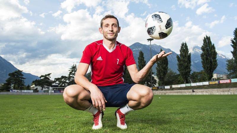 Porteur du brassard de capitaine, Ramiz Mehmetaj dispute sa onzième saison avec le Martigny-Sports.