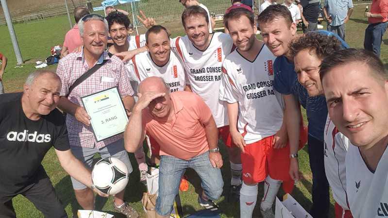 Le Valais 3e du tournoi de foot parlementaire à Schaffhouse