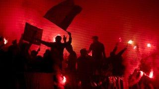 Football: quatre hooligans du FC Sion devant la justice bernoise après l'attaque d'un bus du Servette FC