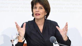 Suisse-Chine: Doris Leuthard s'inquiète de la soif de rachat des entreprises chinoises