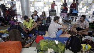 Indonésie: exode de touristes après un séisme meurtrier
