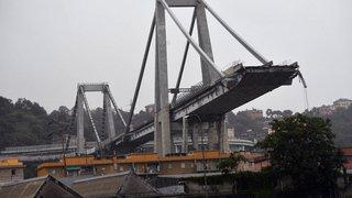 Italie - Effondrement d'un viaduc de l'autoroute A10 à Gênes: un nouveau bilan fait état d'au moins 35 morts