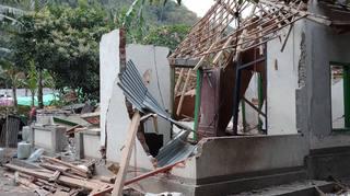 Indonésie: le Nendard qui a tout perdu à la suite du séisme de Lombok lance une collecte de fonds