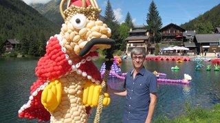 Des animaux aquatiques en ballons gonflables se sont baladés sur le lac de Champex