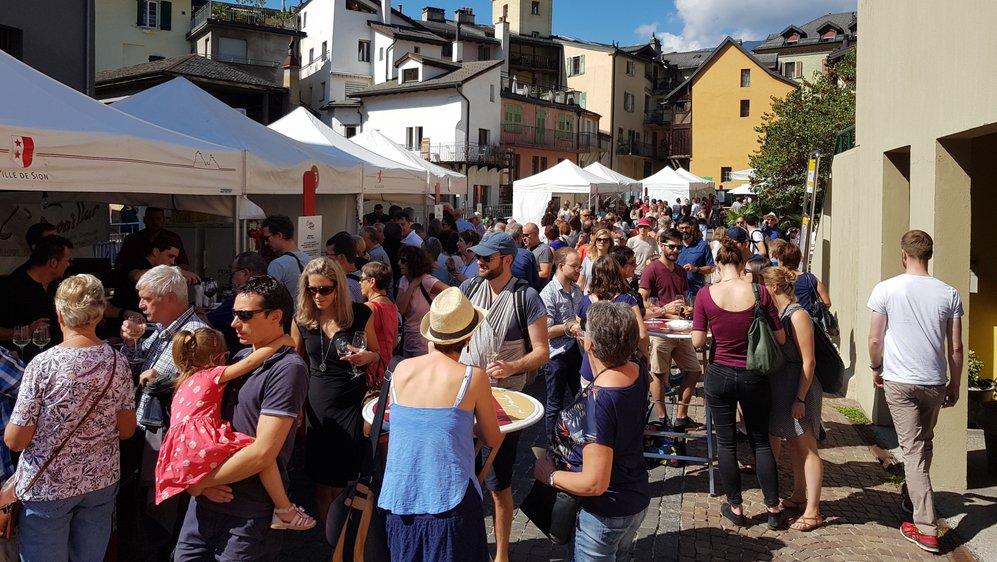Samedi de 10 heures 30 à 22 heures, 9000 gastronomes se sont délectés des plats proposés dans les rues de Sion.