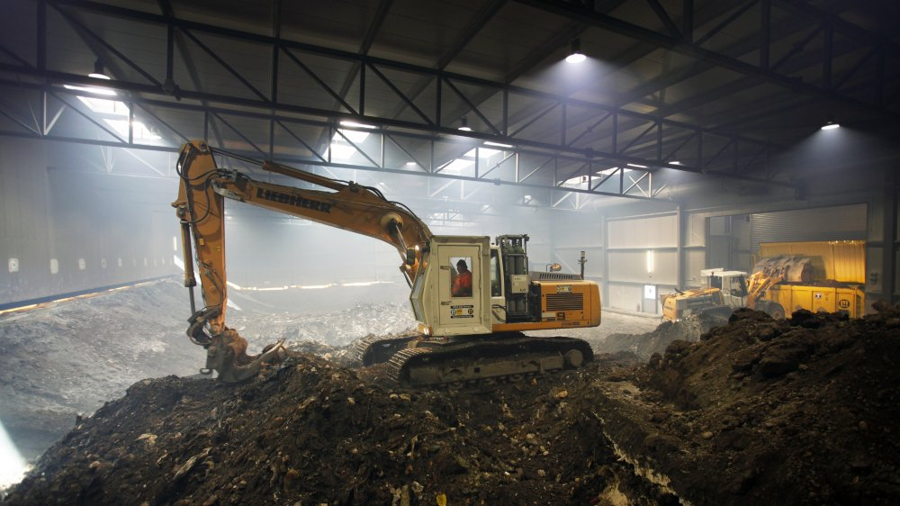 Les entreprises du site chimique de Monthey ont pollué leurs sols et les eaux du Léman tout au long du XXesiècle. Il aura fallu trois ans pour assainir le site de la décharge du Pont-Rouge.