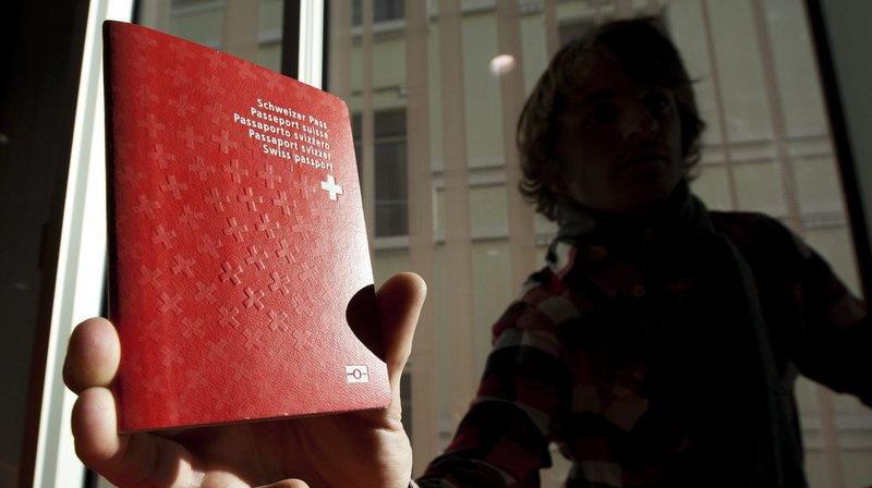 Lausanne: recours contre le refus de naturalisation du couple qui avait refusé de serrer la main aux personnes du sexe opposé