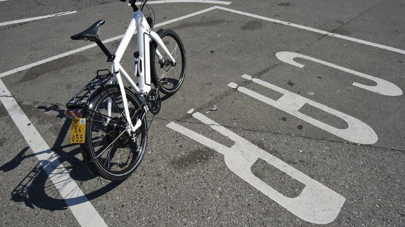 Zoug: une femme de 77 ans interceptée sur l'autoroute avec un vélo électrique
