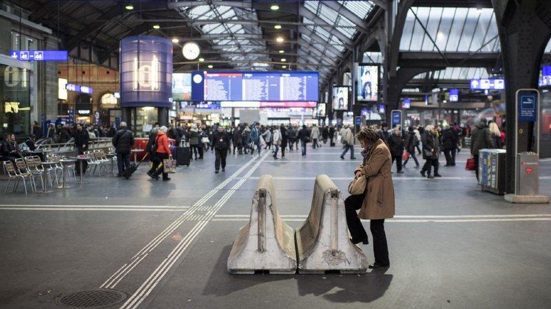 Zurich: une jeune femme de 17 ans chute mortellement du toit de la gare