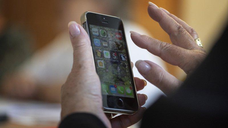 Télécommunications: le gouvernement pourra agir contre les frais d'itinérance excessifs