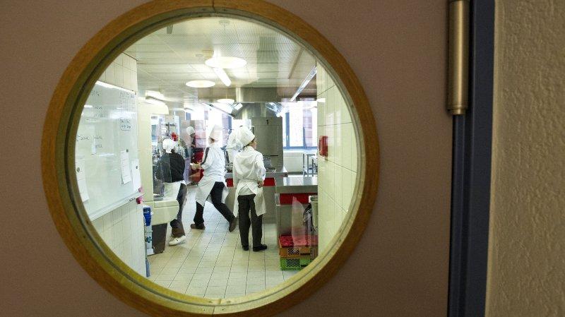 Valais: les apprentis cuisiniers fuient les restaurants traditionnels