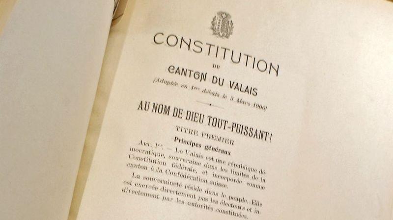 Le Conseil d'Etat a prévu dans son budget 2019 quatre postes pour encadrer les constituants