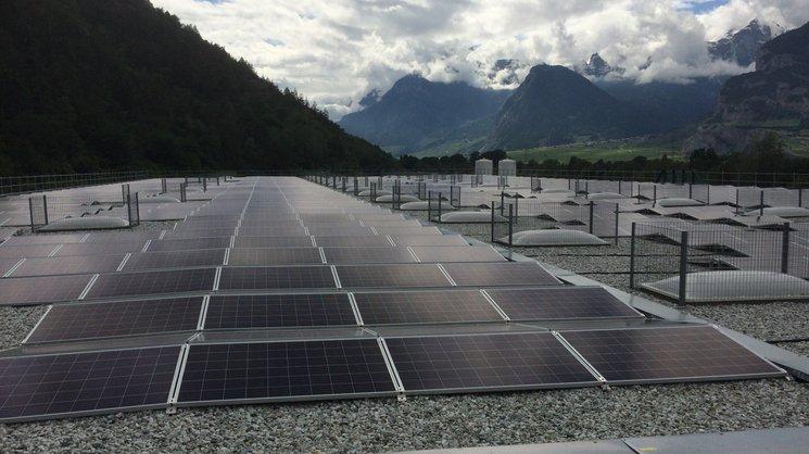 Le producteur d'eau minérale Aproz dispose de 5400 m2 de panneaux solaires.