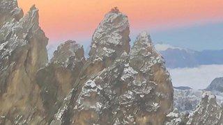 Arolla: bloqués par la météo, quatre alpinistes passent la nuit suspendus aux Aiguilles Rouges