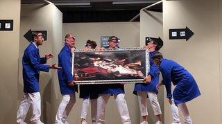 Saint-Léonard: les Arlequins font rire leur public dans le hall d'un musée