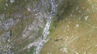 Un adepte du wingsuit perd la vie dans le val de Bagnes
