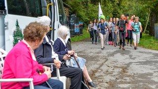 Troistorrents: une marche pour offrir des vacances aux résidents des «Trois Sapins»