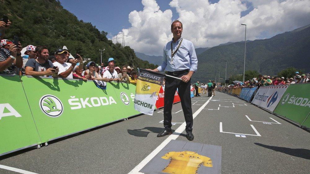 Christian Prudhomme, directeur du Tour de France, a officiellement invité Crans-Montana à Paris pour la présentation du parcours.