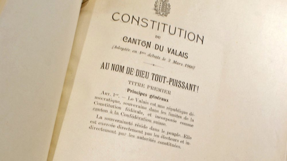 La Constitution valaisanne sera révisée complètement par une assemblée, élue le 25novembre 2018.