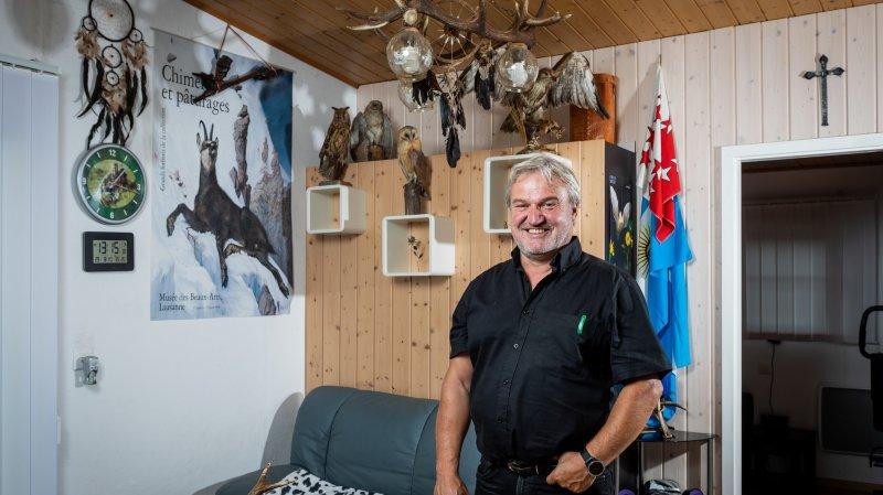 Jean-Michel Bonvin a la particularité de vivre la semaine au camping proche de son lieu de travail.