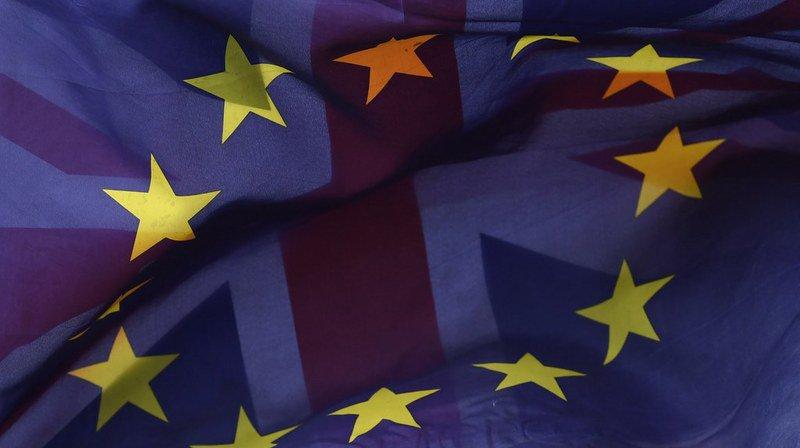 Brexit: les demandes de passeports des Britanniques installés en France se sont multipliées par huit en deux ans