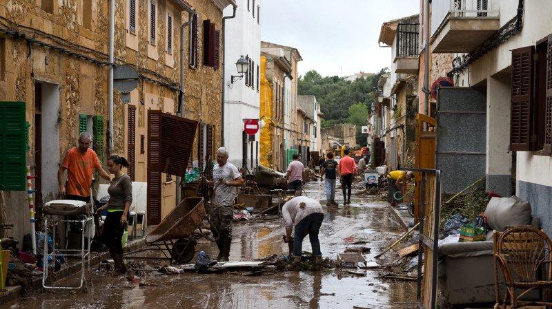 Inondations à Majorque: le bilan grimpe à 12 morts après la découverte des corps de deux Allemands