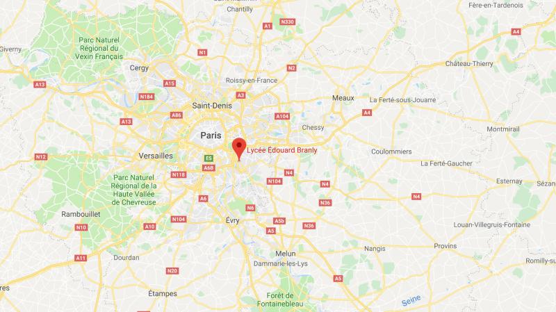 France: un lycéen mis en examen après avoir menacé son enseignante avec une arme factice