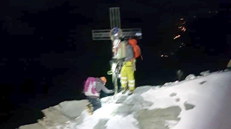 Les deux alpinistes polonais s'en sont tirés sains et saufs.