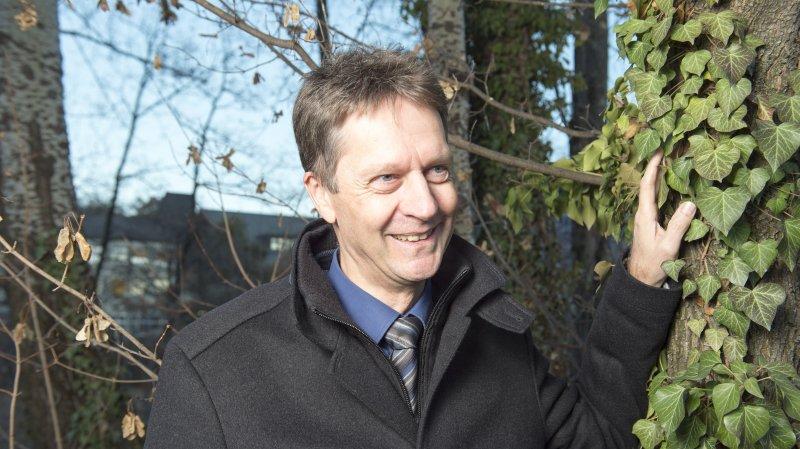 Pierre-Yves Felley, directeur de la Chambre valaisanne d'agriculture, défend les agriculteurs locaux, qu'ils fassent de la production intégrée ou de l'agriculture biologique.