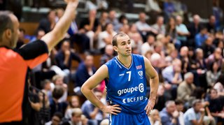 Basketball: Fribourg s'incline à domicile, Lugano toujours invaincu