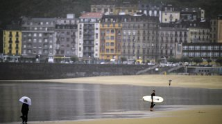 La tempête Leslie balaie le centre et le nord du Portugal