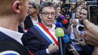 """Enquête ouverte contre Mélenchon pour """"violences"""" après les perquisitions chez le leader de la France Insoumise"""