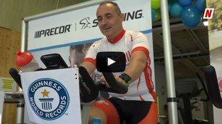 Insolite: sept jours sur son vélo de spinning, la tentative de record du monde du Valaisan Eric Vouillamoz lancée