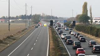 Vaud: un motard de 23 ans se tue sur l'autoroute A1, le trafic fortement perturbé toute la matinée