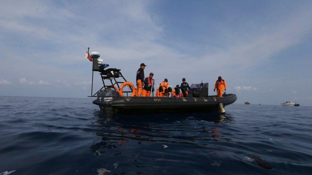 Un vol Lion Air se crashe en mer: 189 morts