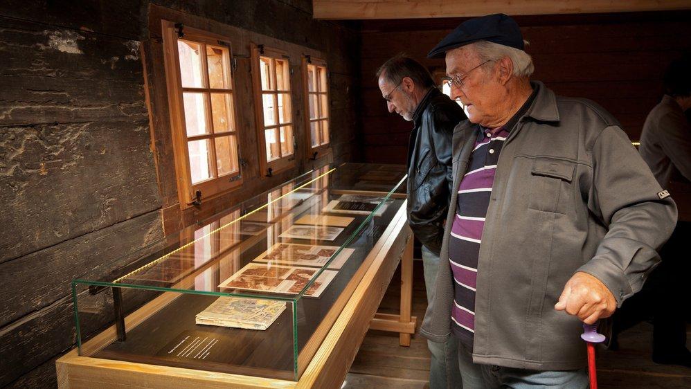 Les bisses, une tradition séculaire en Valais. Certains sont réhabilités aujourd'hui dans le cadre d'activités touristiques, pour le plus grand plaisir des nostalgiques.