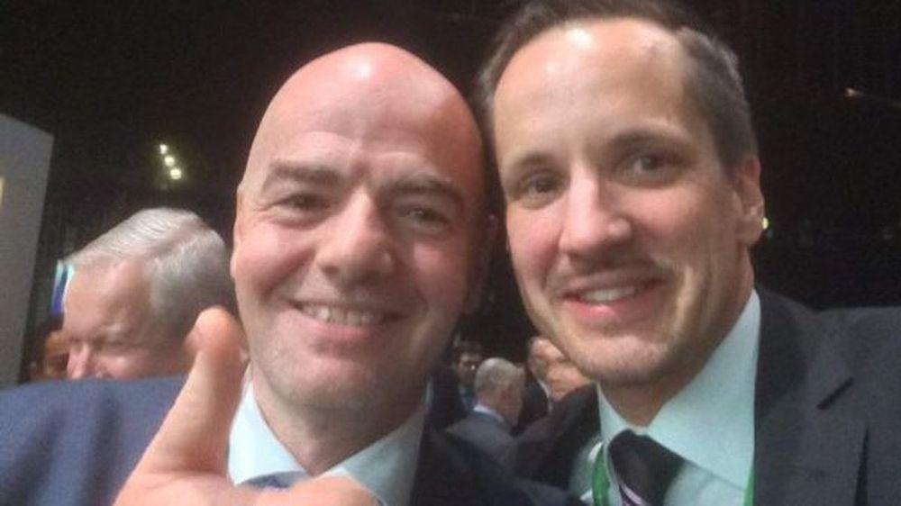 Gianni Infantino et Rinaldo Arnold sont des amis de longue date.