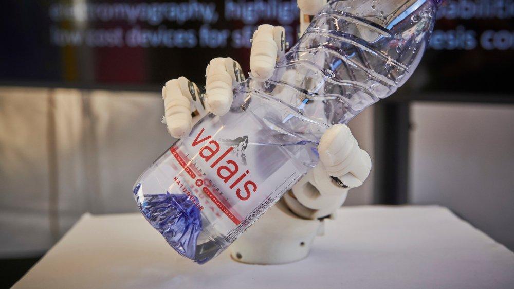 Les Swiss Digital Days se sont installés à la gare de Sion ce jeudi. Les passants ont pu y découvrir 12 projets et idées innovantes dans le domaine de la e-santé.