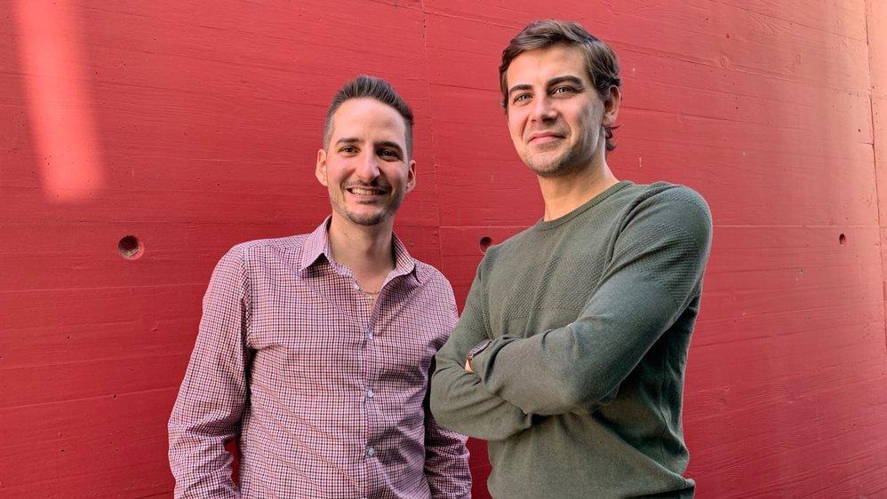 Damien Raboud, à gauche et Antoine Fournier, à droite proposent un parlement valaisan du futur à deux chambres.