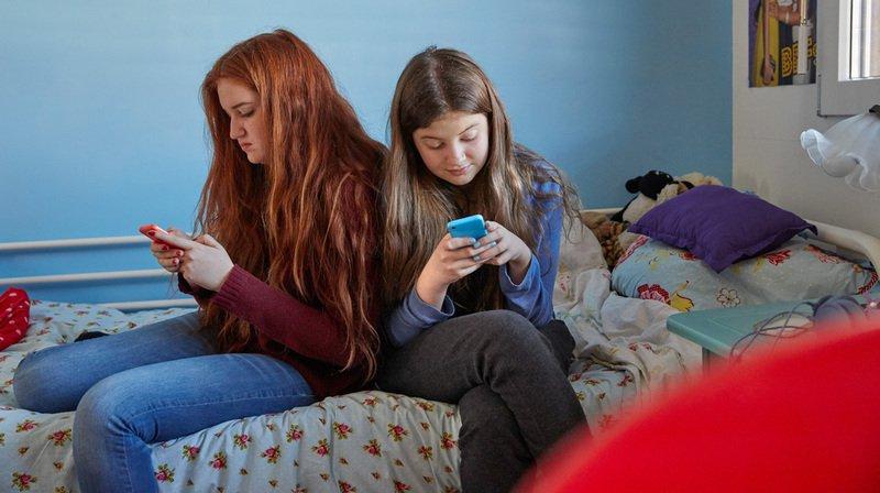 Les jeunes Suisses sont 94% à posséder un compte sur au moins un réseau social.
