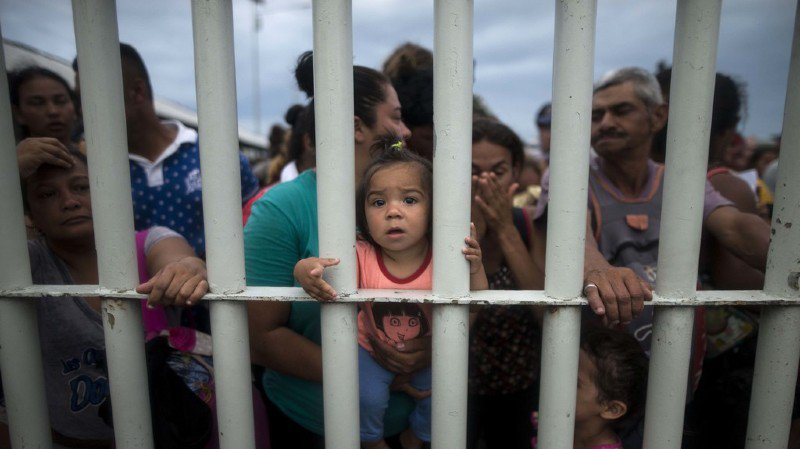 Etats-Unis: Trump fait appel à l'armée pour protéger la frontière face aux migrants