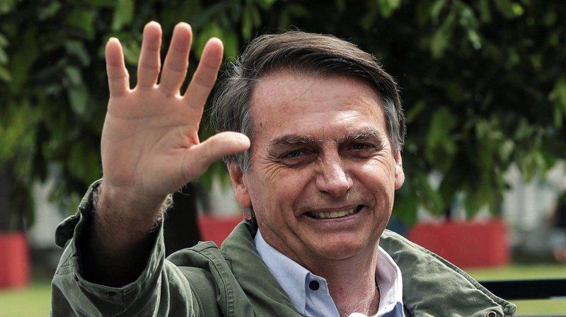 Brésil: le candidat d'extrême droite Jair Bolsonaro élu président avec plus de 55% des voix