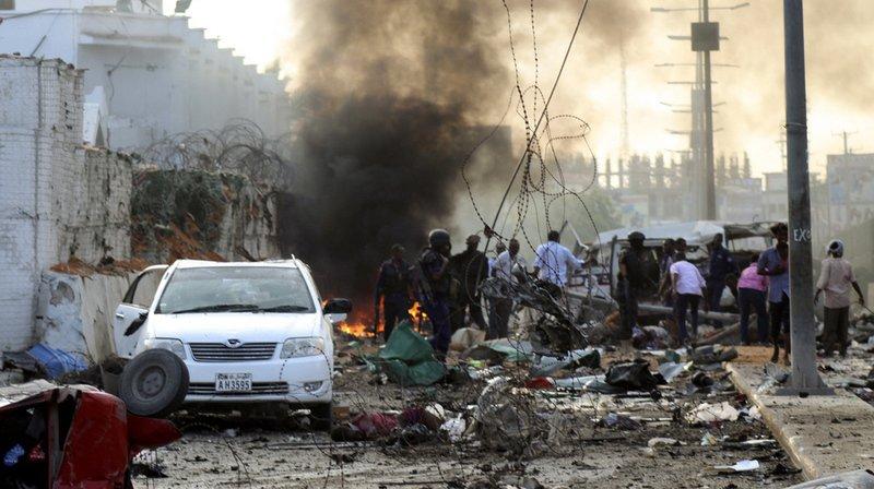 Somalie: un attentat contre un hôtel de Mogadiscio fait au moins 22 morts