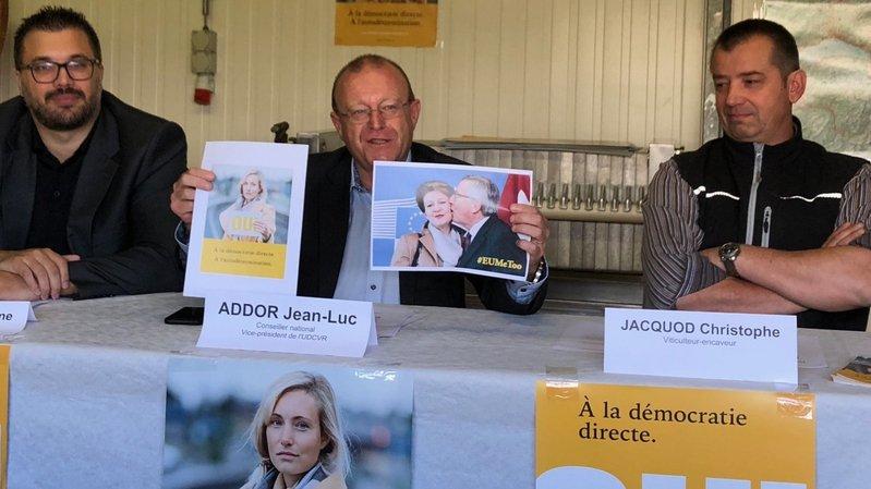Jérôme Desmeules, Jean-Luc Addor et Christophe Jacquod défendent l'initiative contre les juges étrangers.