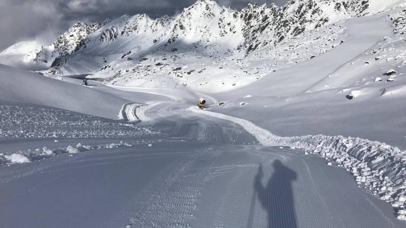 Tourisme: la saison de ski démarre un peu partout dans les Alpes suisses